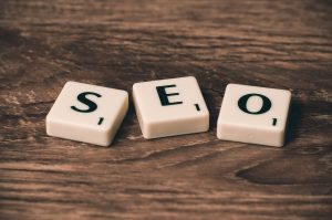 White cubes spelling out SEO.