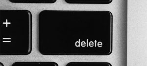 The Delete button on a black keyboard