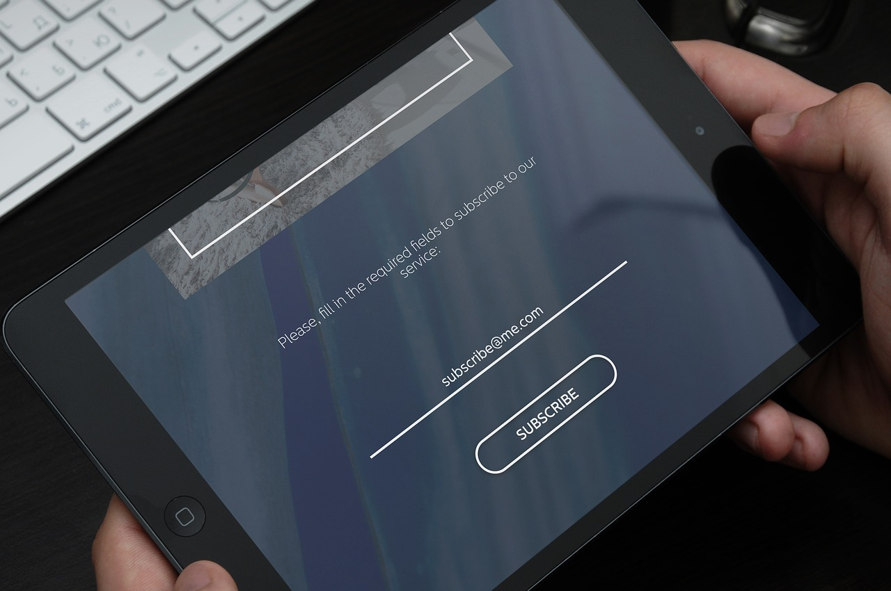 Looking at the WordPress subscribe page on a tablet.