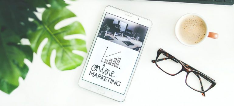 Online marketing written on a phone.